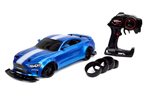 Jada Toys Fast & Furious RC Drift Jakob's Ford Mustang GT, RC Auto, ferngesteuertes Auto, Driftfunktion, inkl. 2-Kanal Fernsteuerung, Turbofunktion, Allrad, 4 Ersatzreifen, 1:10, blau, ab 8 Jahren